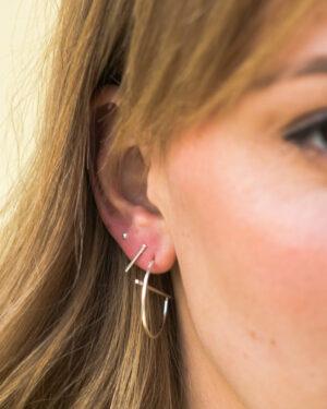 bar-earring-silver-label-kiki.jpg