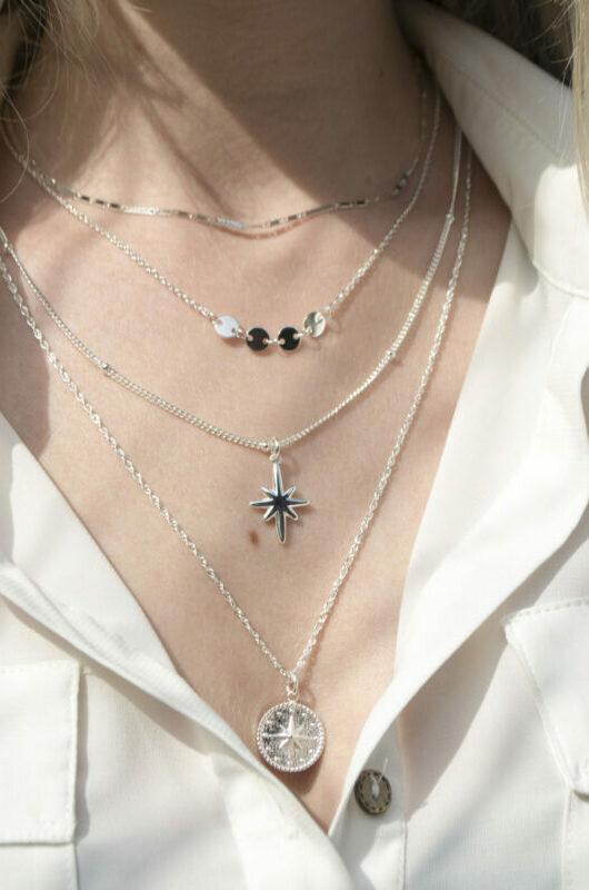 big-star-necklace-silver-label-kiki.jpg