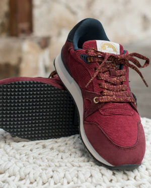 Andrée burgundy trainers