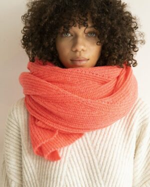 Jille scarf in neon pink