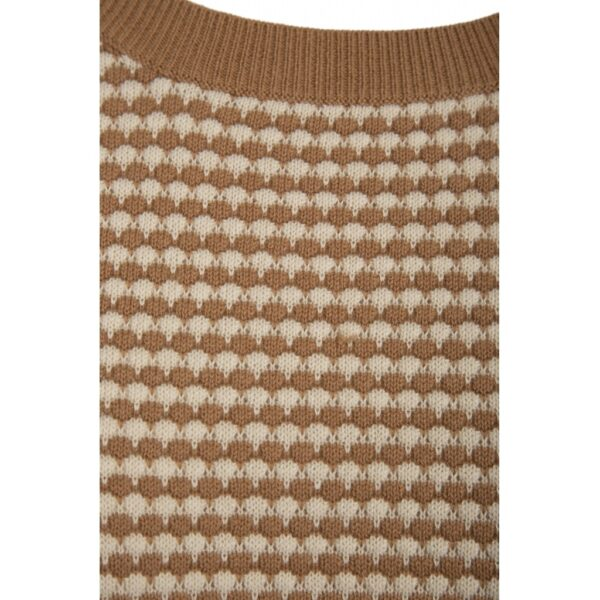 Balia knit pullover in almond color detail