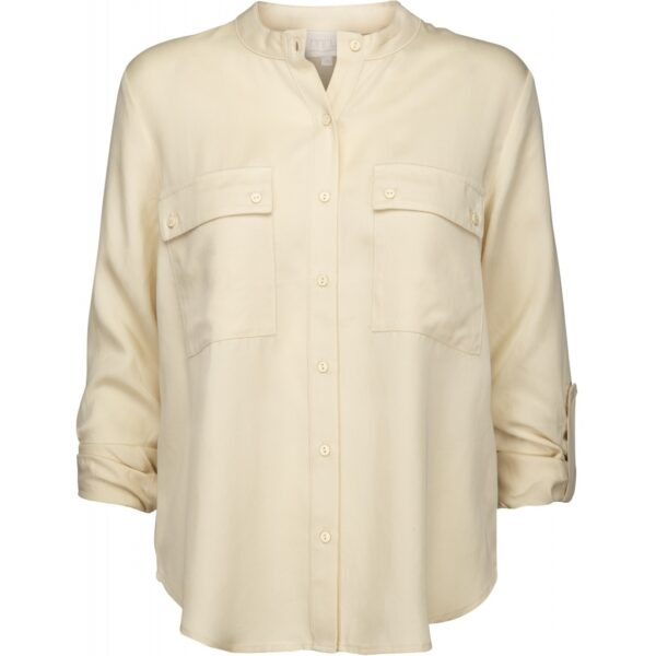 Ecru Tencel blouse with pockets on the chest and roll-up sleeves front