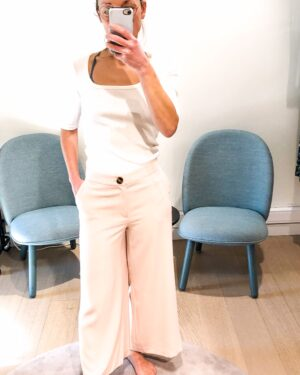 Louise-cropped-trousers-Lotte-twist-and-tango.jpg