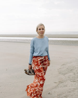 Sunja-skirt-Elne-knit-bounty-blue_minus.jpg