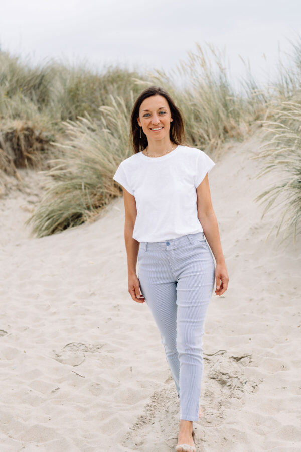 Carma-trousers-leti-t-shirt-minus.jpg