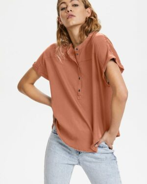 Fiona-blouse-pale-redwood-Denim-Hunter.jpg
