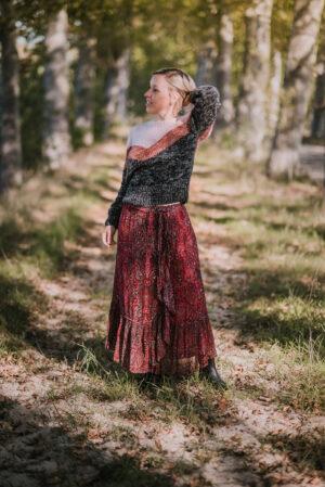Istona-pullover-Antonia-rok-Moliin-maisoui.jpg