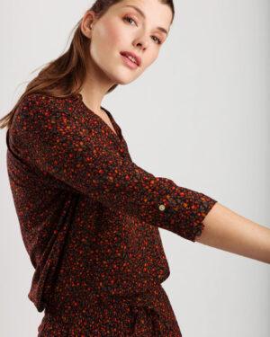 Nina-blouse-wearable-stories.jpg