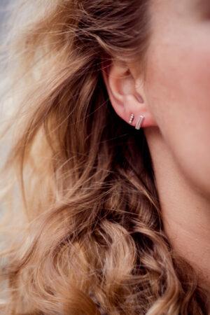 small-bar-earring-silver-label-kiki.jpg