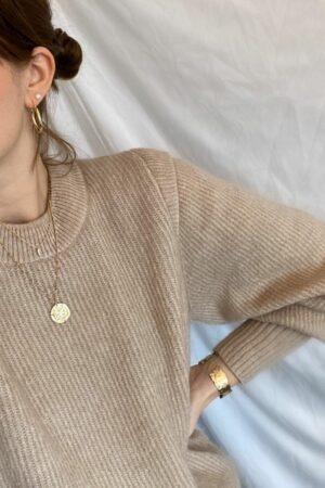 Jolie-pearl-goud-oorprikker-les-soeurs.jpg